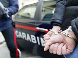 In compagnia di una donna aveva rapinato un'ottica a Saviano, scoperto e arrestato dai carabinieri