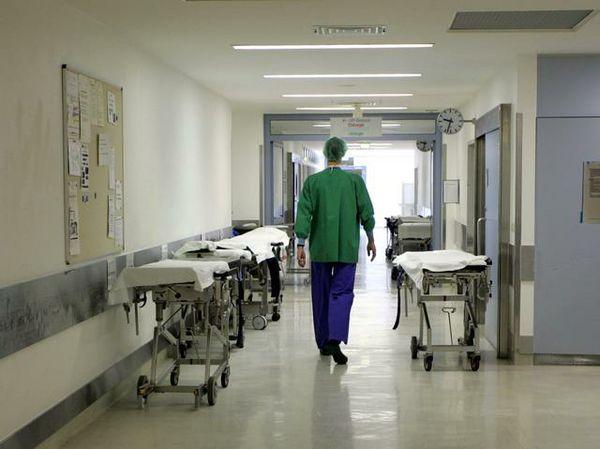 Meningite a S.Anastasia, dai medici nessun allarmismo