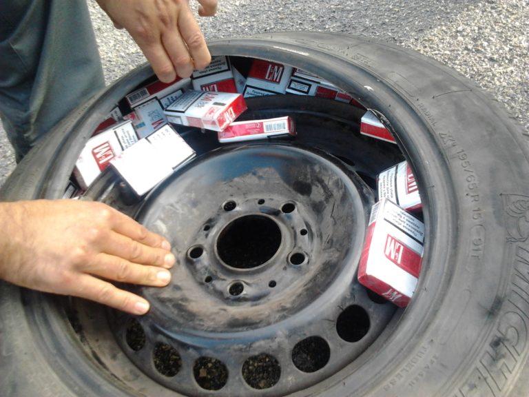 Volla, beccato con 40 chili di sigarette di contrabbando: in manette 30enne