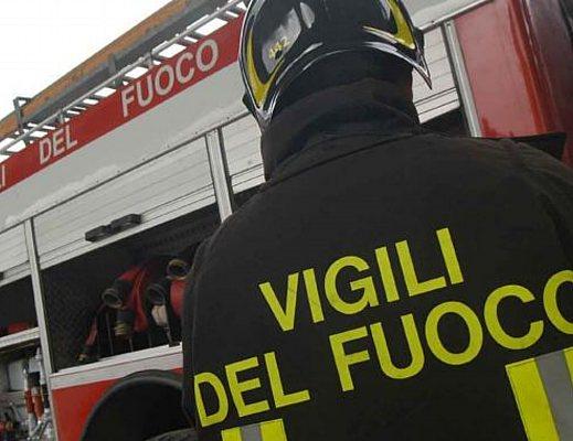 Appartamento in fiamme a Torre Annunziata, arrestato il responsabile