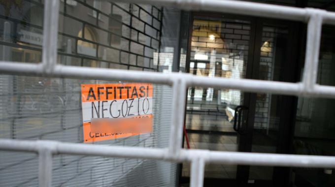 Commercio in crisi, Russo (Aicast): Manca una programmazione del Settore