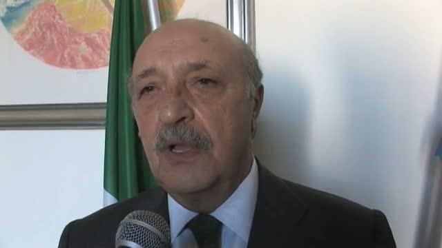 Risultati immagini per sindaco pomigliano