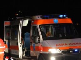 Ladro cade dal 2° piano, grave in ospedale. Si cercano i complici
