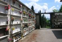 Al cimitero di Pomigliano una messa per le donne l'8 marzo