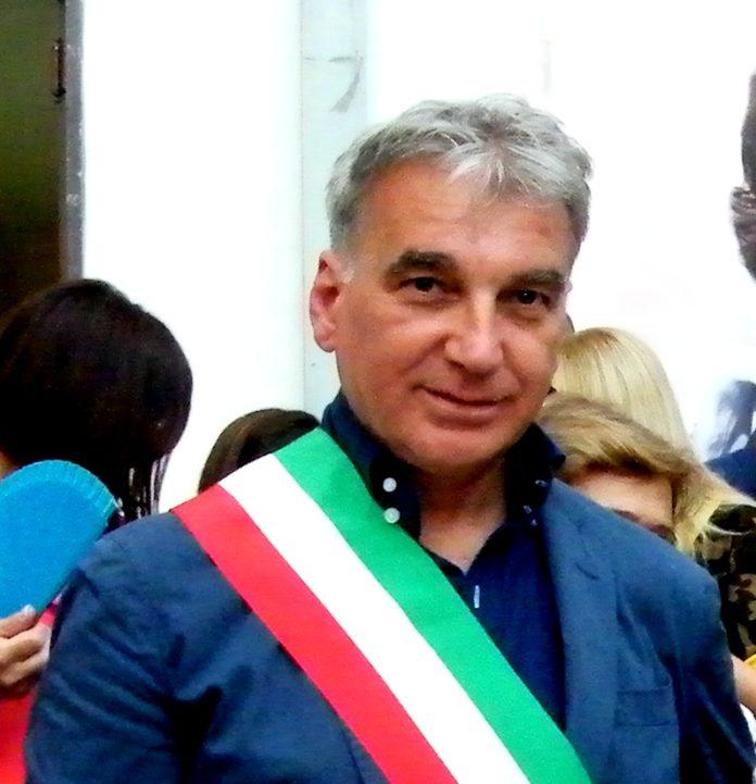 Il sindaco Abete