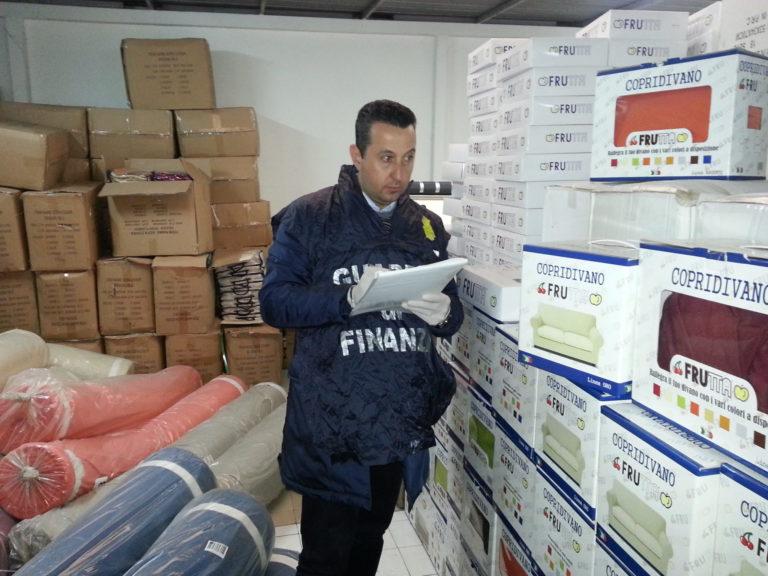 Ottaviano/Piazzolla. Sequestrati 250mila prodotti contraffatti VIDEO
