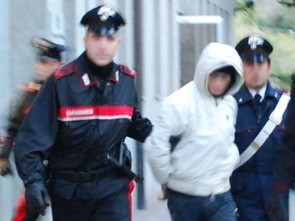 Sfruttava quattro ragazze facendole prostituire, 29enne arrestato