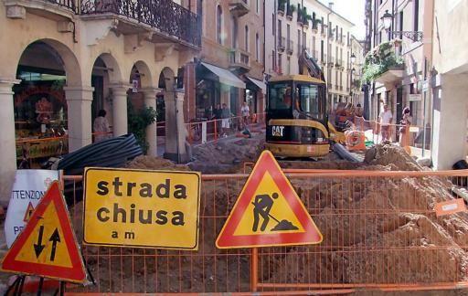 Lavori stradali con mancato ripristino delle aree, sanzionate le ditte