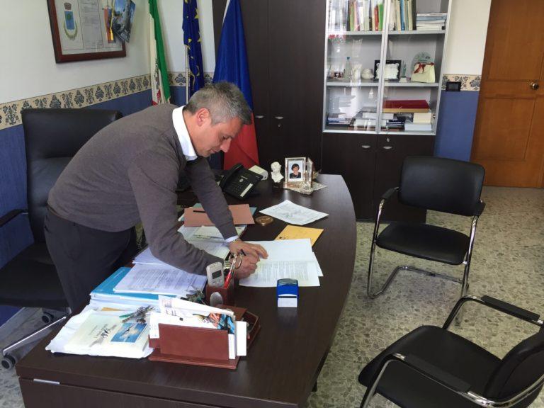 """Il sindaco di Ottaviano: """"Deluso e incredulo per l'indagine su di me"""""""