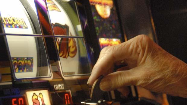 Perde 100mila€ alle slot machines e scompare, ritrovato dalla polizia