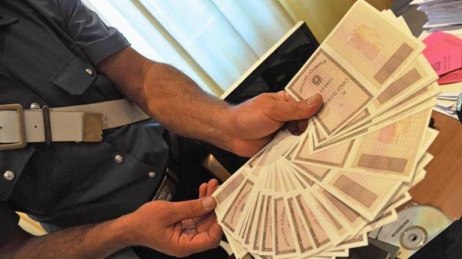 documenti carte di identità false