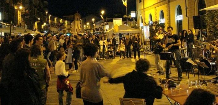 Movida, scatta l'ordinanza: niente musica dopo le 22 a Pomigliano