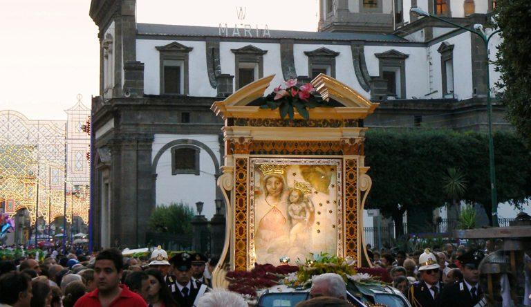 """""""Incendio al campanile"""", si avvicina le Festa dell'Incoronazione a Madonna Dell'Arco – Programma"""