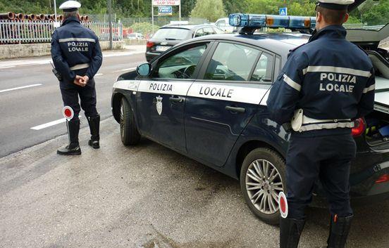 Covid-19, controlli e denunce: l'attività della polizia Locale di Pomigliano