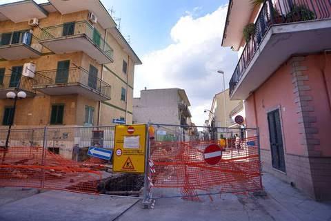 Via Vittorio Emanuele, dissequestrato cantiere dove morì motociclista