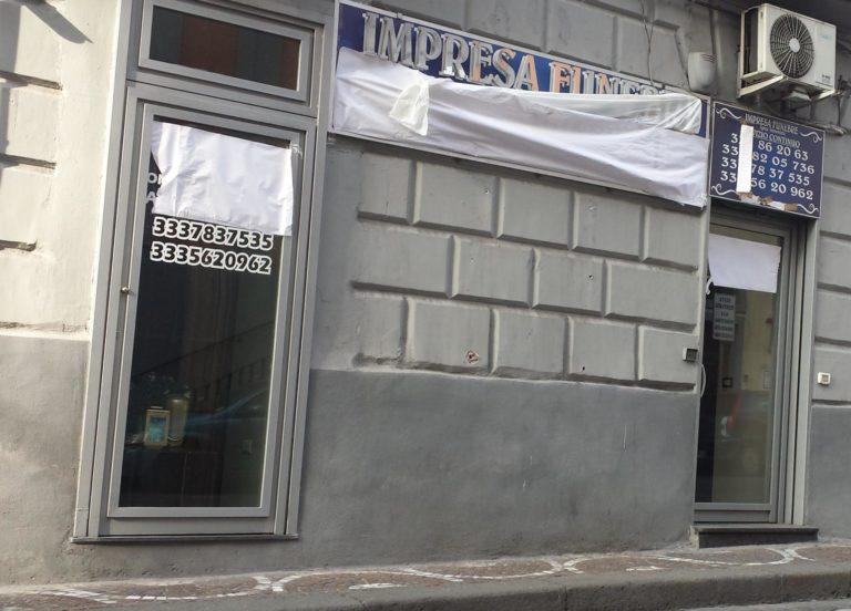 """Business del caro estinto, ordinanza di chiusura per la """"Attrezzi Funebri"""""""