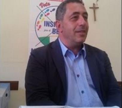 """San Paolo Bel Sito. Il sindaco: """"Con don Fernando a ogni costo"""""""