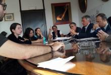 Portici. Mensa e edilizia scolastica, M5S e genitori incontrano commissario