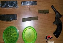 Armi e droga in casa, arrestato affiliato del clan Birra di Ercolano