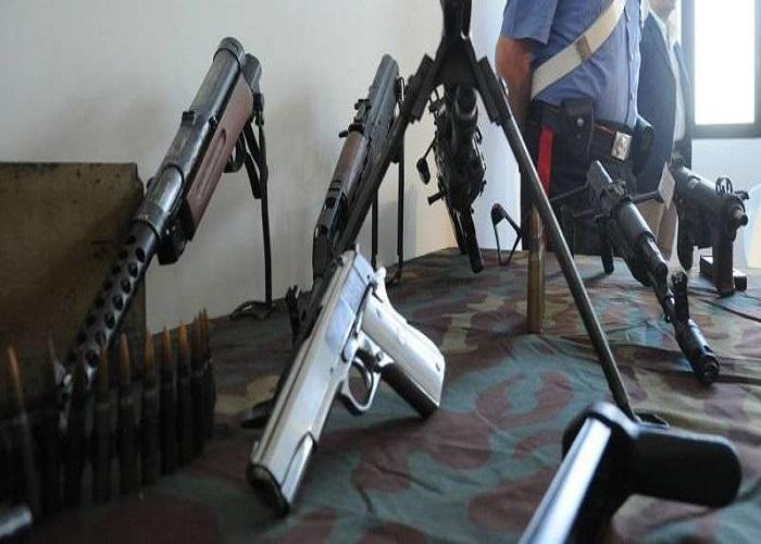 arsenale-armi-clan-sequestro