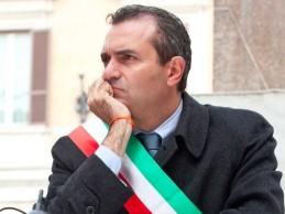 """""""Genny vive nella lotta alla camorra"""": le parole di De Magistris sull'omicidio Cesarano"""