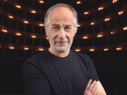 ELVIRA di Toni Servillo in scena al Teatro Bellini