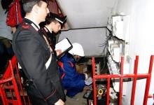 Rubano energia elettrica. 13 denunciati e 4 arrestati