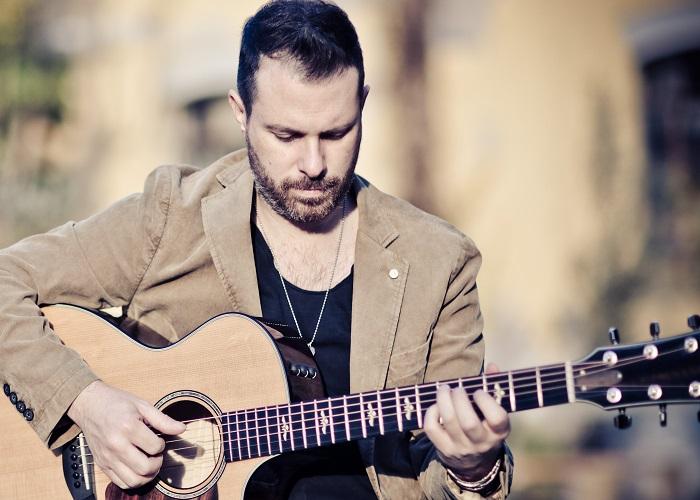 Concorso Vota&Vinci, alla premiazione il chitarrista Alberto Lombardi