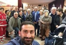 Riapre il Centro sociale a Cercola, festa con il sindaco Fiengo