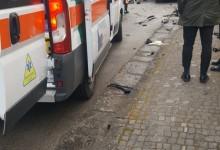 Frontale sulla Circumvallazione, auto contro bus: grave 22enne di S.Anastasia