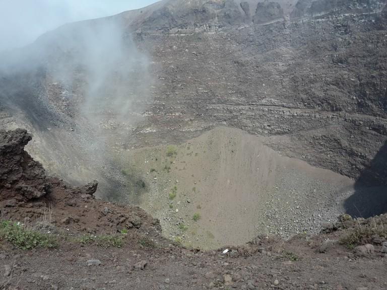 Ente parco, primo soccorso e assistenza medica per i turisti al Cratere