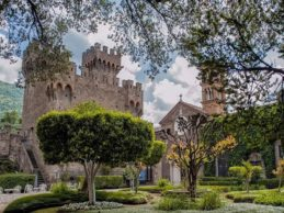"""Cenerentola al Castello Lancellotti di Lauro. Lo spettacolo organizzato da """"Il Demiurgo"""""""