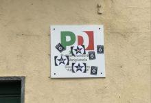 """Mariglianella, atto vandalico alla sede del circolo PD. Manfredi: """"La madre dei cretini è sempre incinta"""""""
