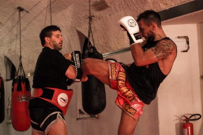 A Casamarciano l'antica arte marziale del Muay Thai per dire No al bullismo