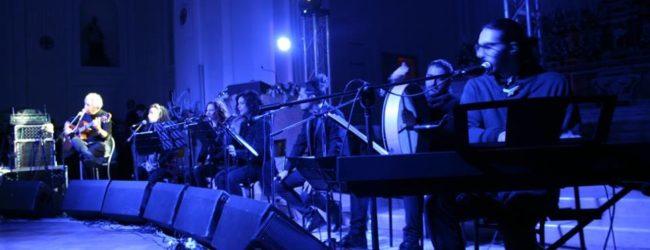 Ottaviano. Successo per il concerto di Eugenio Bennato e Pietra Montecorvino FOTO