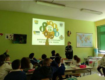 A Casoria la raccolta differenziata diventa materia da studiare a scuola