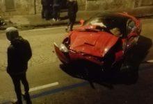 Somma. FERRARI impatta contro Fiat Punto, due ragazze ferite FOTO
