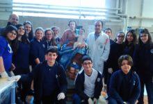 """S. Anastasia. Gli studenti del """"De Rosa"""" restaurano una statua della Madonna del XVIII secolo"""