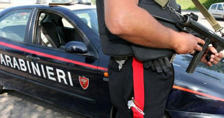 Evade dai domiciliari per spacciare, arrestato 40enne di Barra