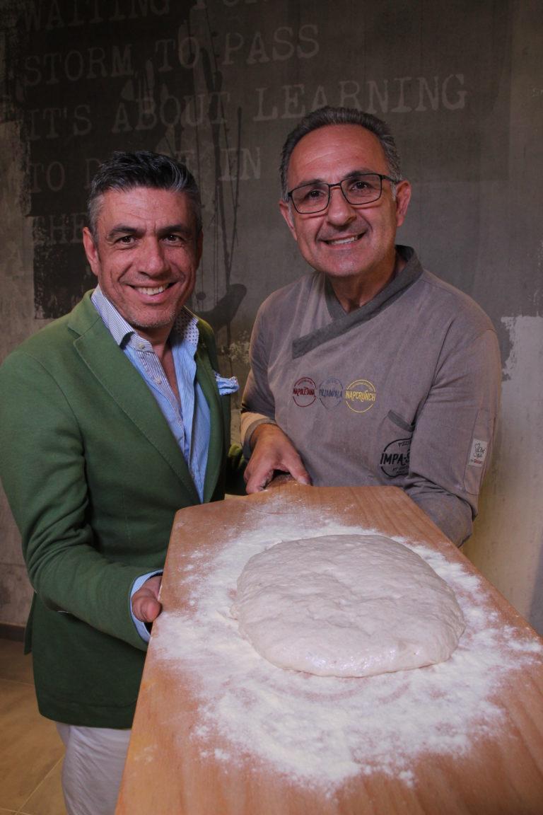 Nola, la pizzeria Impastili presenta una pizza dedicata alla città dei gigli