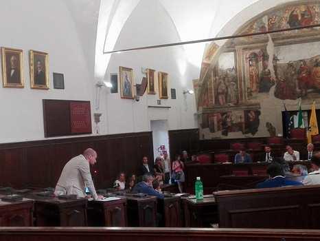 """Napoli. Il consigliere metropolitano Francesco Capasso: """"Voto contrario per l'approvazione del rendiconto"""""""