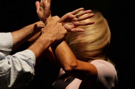 Picchia compagna e suocera, arrestato un 42enne di Sant'Antimo