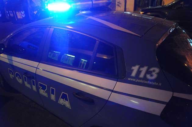 Sequestrato per un debito di droga del cognato: arresti a Napoli