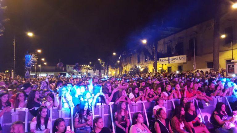Somma, grande successo per il concerto di Rosario Miraggio