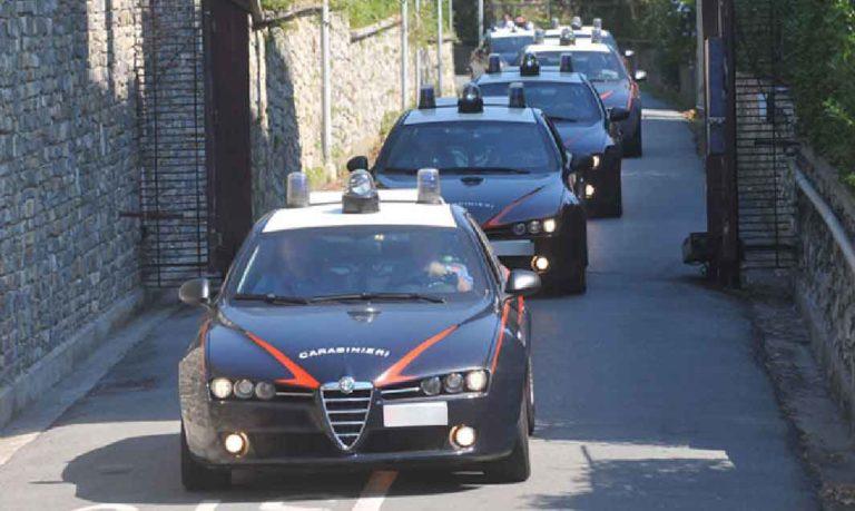 Camorra, racket e bombe ad Afragola: otto arresti
