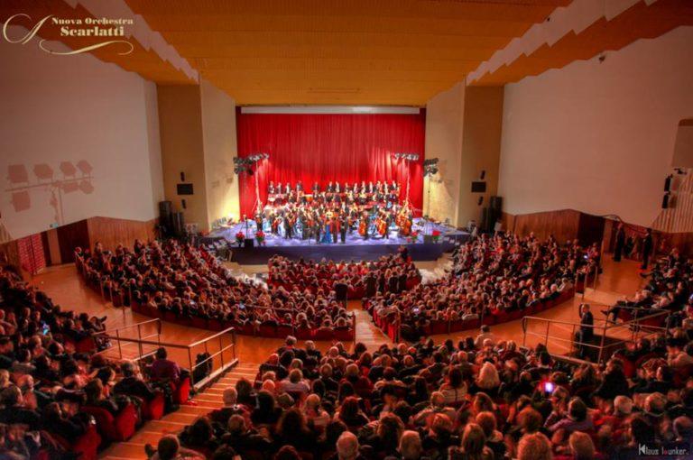 Concerto di Capodanno con l'orchestra Scarlatti al teatro Mediterraneo