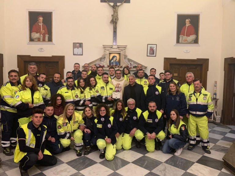 Defibrillatore alla Protezione civile, il dono dei Padri Domenicani dell'Arco