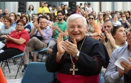 """Secondo anniversario per il vescovo di Nola,l'omelia: """"Sorgente di serenità"""""""