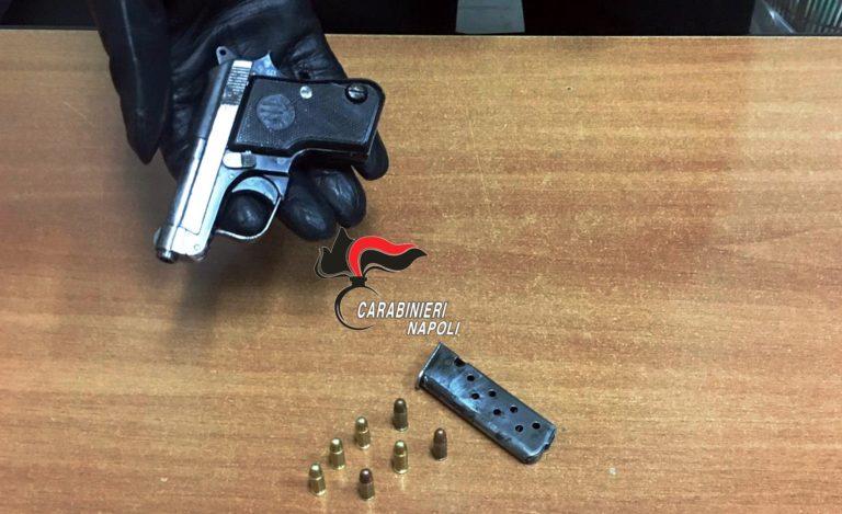 Gira armato per Cercola ma la pistola è di un uomo di Somma. Arrestati
