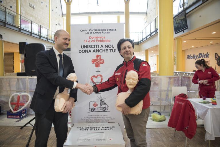 Centri commerciali e Croce Rossa insieme per una campagna di solidarietà